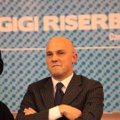 Gigi Riserbato annuncia la candidatura alle primarie di centrodestra