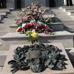 Commemorazione dei defunti, la cerimonia istituzionale