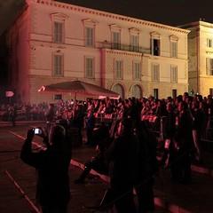 Fontane danzanti sul piazzale della Cattedrale di Trani
