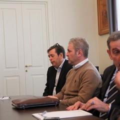 Un comitato di concertazione contro la crisi economica e le emergenze sociali