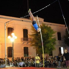 Jumping in the square 2014 a Trani