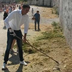 Amedeo Bottaro, pulizia scoglio di Frisio