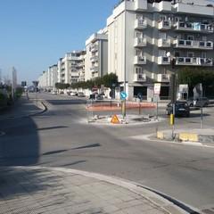 Lavori di risagomatura della rotonda di via Istria