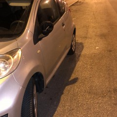 Auto danneggiate in corso Alcide De Gaspari