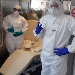 Poltrone per stanze di degenza donate all'ospedale di Bisceglie