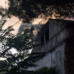 Ancora fiamme nella villa di via Verdi