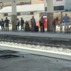 Polizia alla stazione di Trani