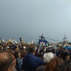 Le immagini della processione e dell'accoglienza della reliquia