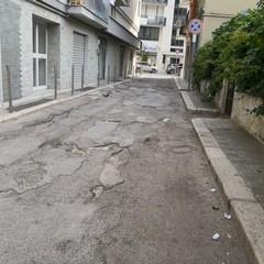 Buche in via Rovigno e via Parenzo