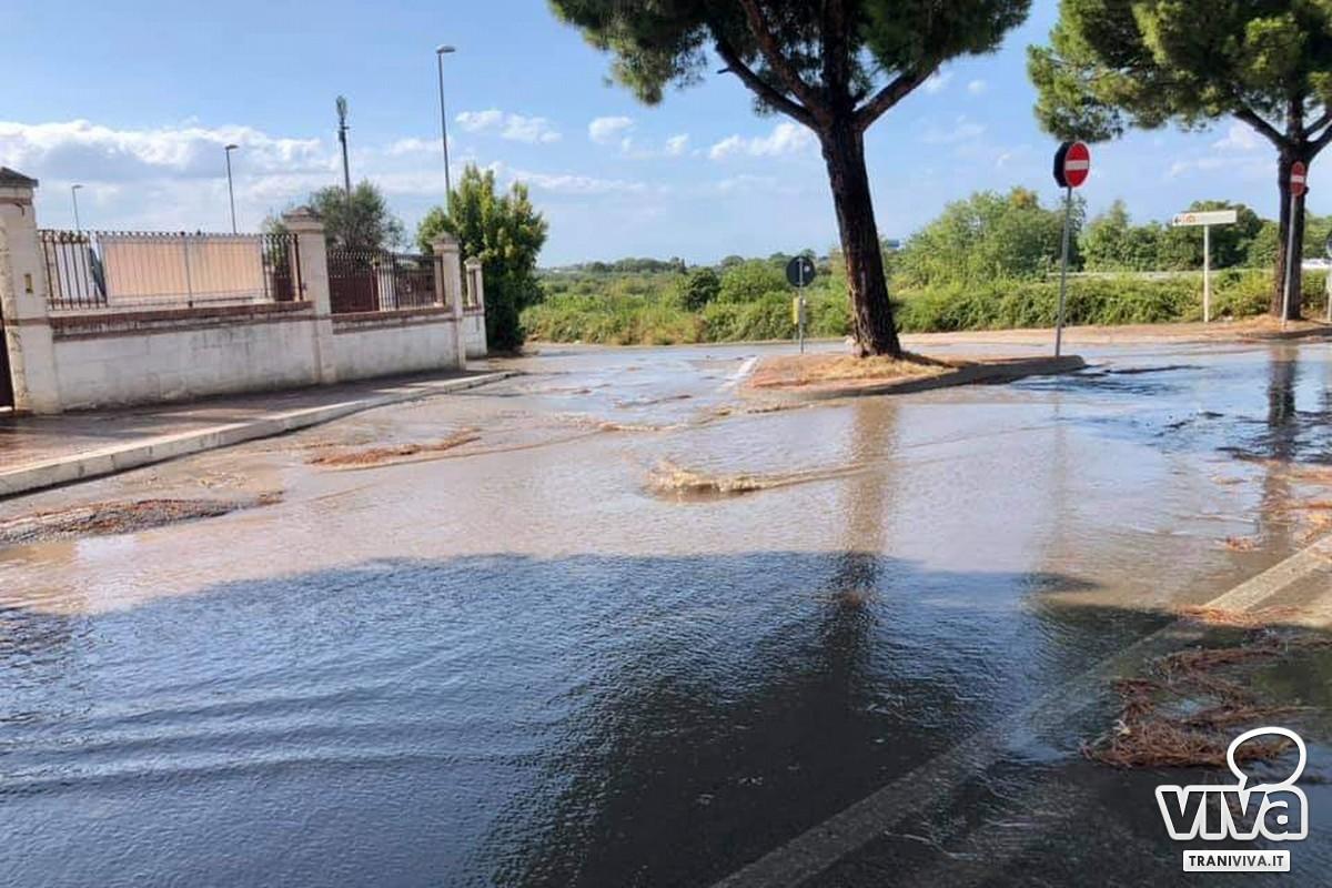 Via Martiri di Palermo allagata