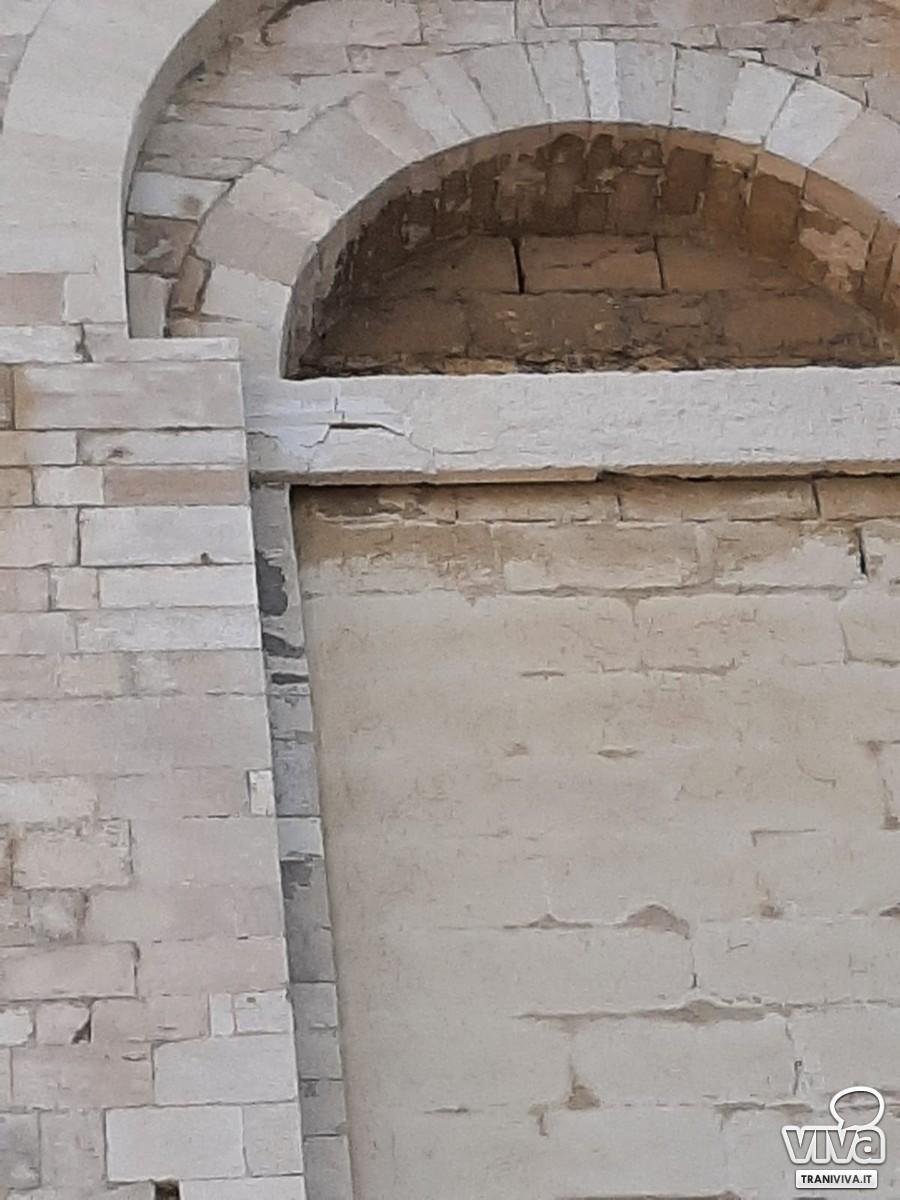 Architrave della Cattedrale