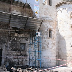 Chiesa di Ognissanti, incendio al bar Crepapelle