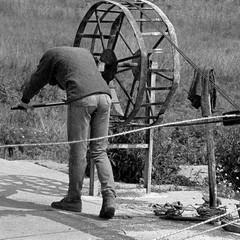 Una passeggiata lunga trent'anni, dal 1960 al 1980, per le vie di Trani
