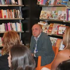 Alberto Bevilacqua presenta a Trani il suo ultimo libro