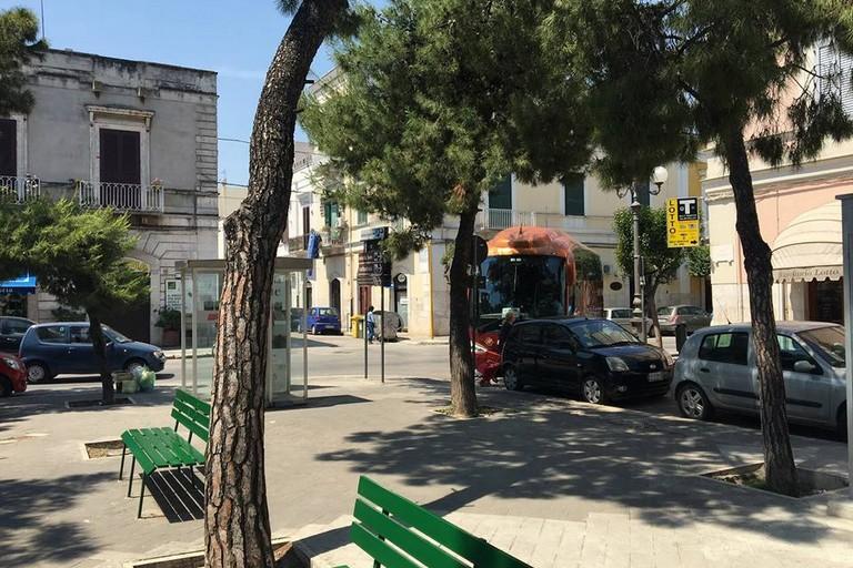 Bus bloccato in Piazza Gradenico