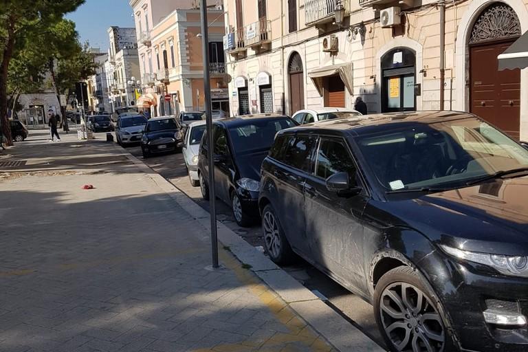 Traffico e parcheggi selvaggi
