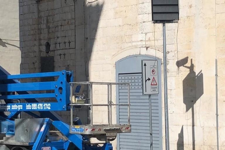 Nuovo varco elettronico in via Mario Pagano