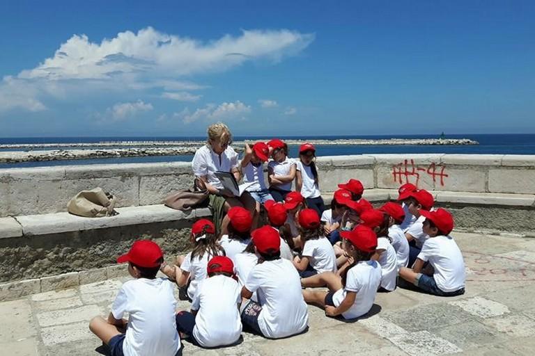 Etta Tarantini, scuola