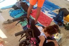 Spiaggia di Colonna, Donato Grande: «Lasciate libera la postazione dedicata a persone con disabilità»