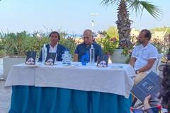 Il regista Ferzan Ozpetek ieri a Trani per la sua unica data in Puglia