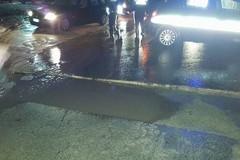 Trani-Andria, auto bloccate da un cedimento stradale