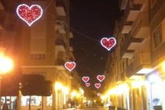 Trani, arrivano le luminarie di San Valentino