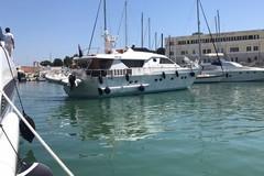 Darsena comunale, Chrimi III lascia il posto ad uno yacht inglese
