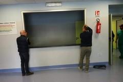 Ospedale di Trani, dopo la segnalazione montati gli stipiti del banco accettazione