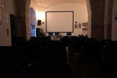 """Al Circolo Dino Risi in scena """"La santa sulla scopa"""" della compagnia romana Teatro Le Sedie"""