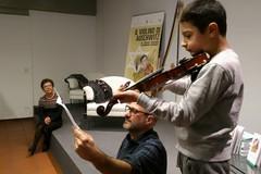 Il violino di Aushwitz: la Shoah raccontata a tremila bambini con le loro parole