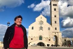 Trani incanta tutti: oggi in città c'è Gianni Morandi