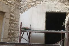 Centro storico, lavori in corso per la riapertura dell'arco D'Angiò