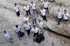 """""""Amici del mare - gruppo sub di Trani"""": i volontari dell'associazione a lavoro anche oggi"""