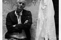 Lo scrittore Francesco Carofiglio presenta il suo ultimo libro al liceo De Sanctis di Trani