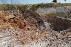 Contrada Monachelle, il sindaco: «Estratti gli ammassi sepolti di plastica e vetro»