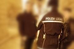 Vendita di alcol in bottiglie di vetro dopo le 22: controlli mirati della Polizia locale