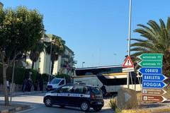 16bis, ancora un pullman incastrato a Trani centro