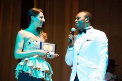 La tranese Mariangela Caputo premiata a Londra al Women Worship Gospel Awards