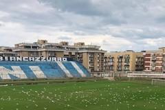 Stadio comunale, riparato il bagno per disabili dall'Apulia Trani