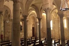 """Al via la mostra """"L'abito liturgico è un sogno"""" nella Cattedrale di Trani"""