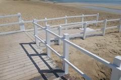 Accessi al mare, nuovo volto per la pedana della spiaggia di Colonna