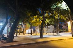 Nuovo look per piazza Kolbe: rifatta la pavimentazione e installati i fari dell'illuminazione