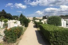 Cimitero, niente più prenotazione telefonica per gli accessi negli spazi comunali