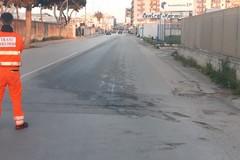 Camion perde olio: chiuso il ponte di via Papa Giovanni