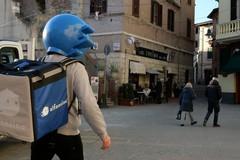 Food delivery, si ordina anche da Facebook: presto 50 nuove assunzioni a Trani