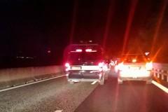 Auto si ribalta sulla statale 16, illeso il conducente