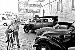 A Trani sfilano le auto dell'anteguerra