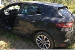 Auto rubata a Trani ritrovata nelle campagne di Cerignola