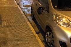 """I """"vandali degli specchietti"""" tornano in azione: ancora auto danneggiate"""