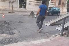 Basole sconnesse: cominciati i lavori su corso Vittorio Emanuele
